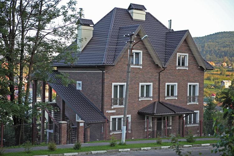Східниця готель Фавар