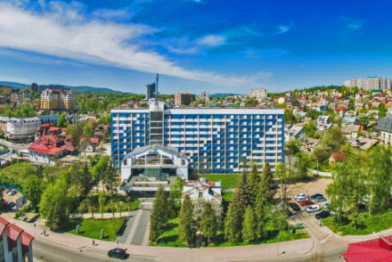готель 365 Трускавець